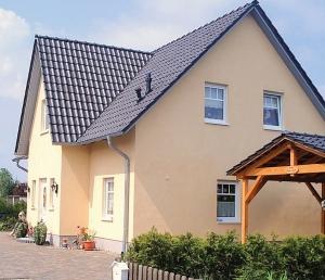Favorit 1 1/2-geschossiges Haus bauen. Einfamilienhaus 1 1/2 geschossig bauen. NU48