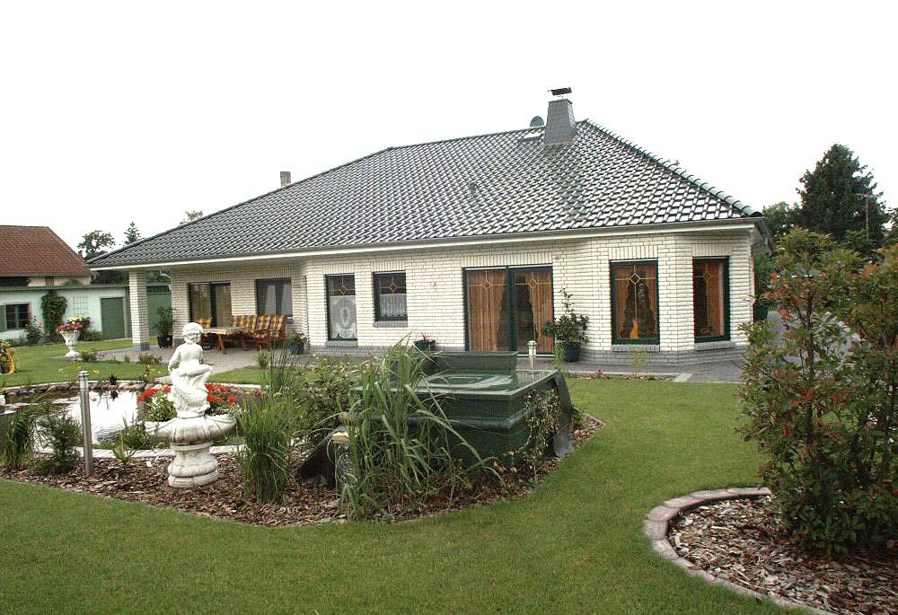 Poolhaus bauen - Eigener Pool direkt im Haus