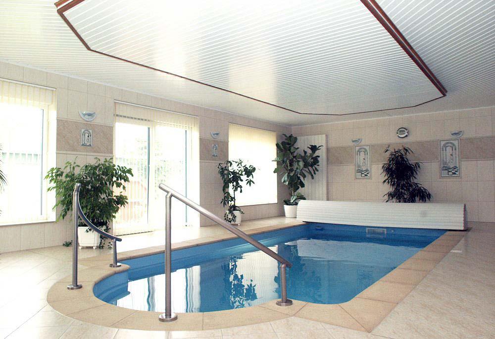 Poolhaus bauen
